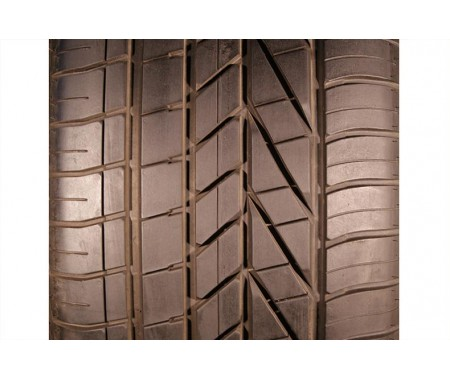 Used 285/40/20 Goodyear Excellence RFT 104Y 95% left