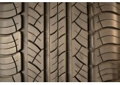 235/60/18 Michelin Latitude Tour HP 95% left