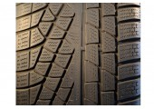 275/35/19 Pirelli Winter 240 Sottozero 100V 40% left