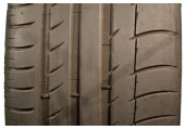 225/40/18 Michelin Pilot Sport PS2 ZP 88W 55% left