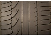 245/40/20 Michelin Pilot Primacy 40% left