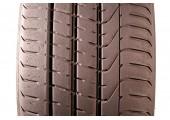 275/35/21 Pirelli P Zero 103Y 55% left
