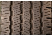 235/70/16 Michelin Cross Terrain 104S 95% left