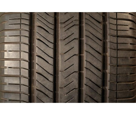 225/50/18 Goodyear Eagle LS 2 95% left