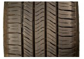 225/65/16 Goodyear Eagle LS-2 99H 75% left