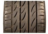 215/40/18 Pirelli P Zero Nero 85W 75% left
