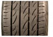 215/35/19 Pirelli P Zero Nero 85W 55% left