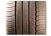 255/55/19 Michelin Latitude Tour HP 111V 55% left