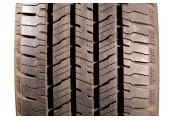 235/70/16 Hankook Dynapro HT 95% left