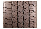 215/65/17 Goodyear Eagle RS-A RFT 98S 55% left