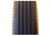 225/60/16 Goodyear Assurance ComforTred 97T 95% left