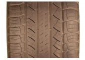235/55/20 Michelin Latitude Tour HP 55% left