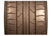 245/45/18 Bridgestone Potenza RE040 96W 75% left