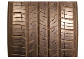225/60/17 Goodyear Assurance ComforTred Touring 98H 75% left