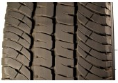 275/70/18 Michelin LTX A/T2 125/122R 95% left