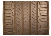 225/65/17 Michelin Latitude Tour 102T 55% left