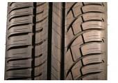 245/40/20 Michelin Pilot Primacy 95Y 95% left