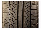 225/50/17 Pirelli P6 Four Seasons 94H 75% left