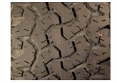 285/70/17 BFGoodrich All-Terrain T/A KO 121/118Q 55% left