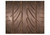 275/30/19 Hankook Ventus V12 Evo 96Y 55% left