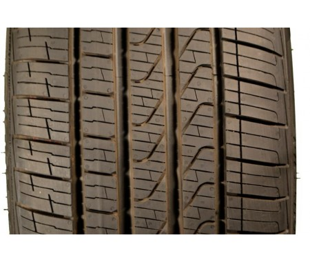Used 225/45/18 Pirelli Cinturato P7 RFT All Season 91V 95% left
